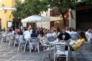20130424152612-denuncian-incumplimiento-espana-normativas-contra-ruido-sobre-todo-bares-locales-ocio